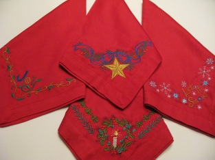 4-red-xmas-napkins